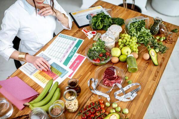 Profesional de la salud dietista