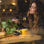 Cómo Respetar tu Nivel de Saciedad con Alimentación Intuitiva