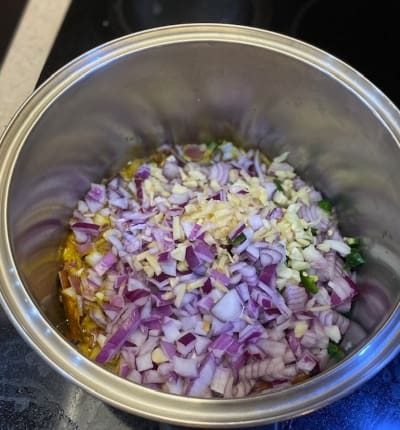 Ingredientes de la base del curry
